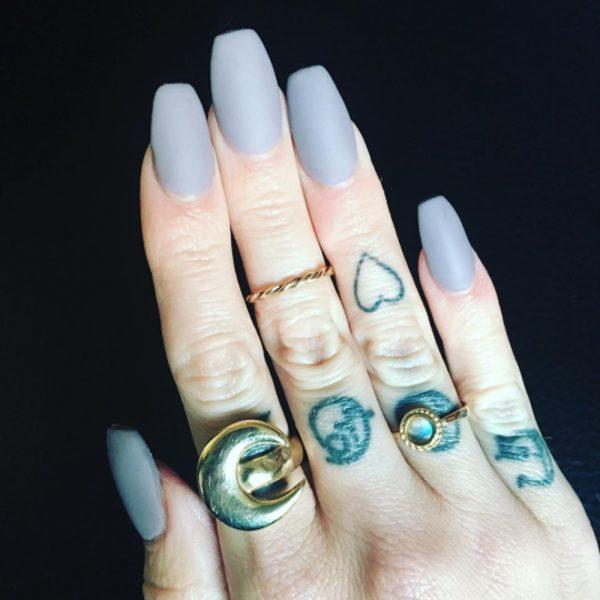 moonstone ring yellow gold