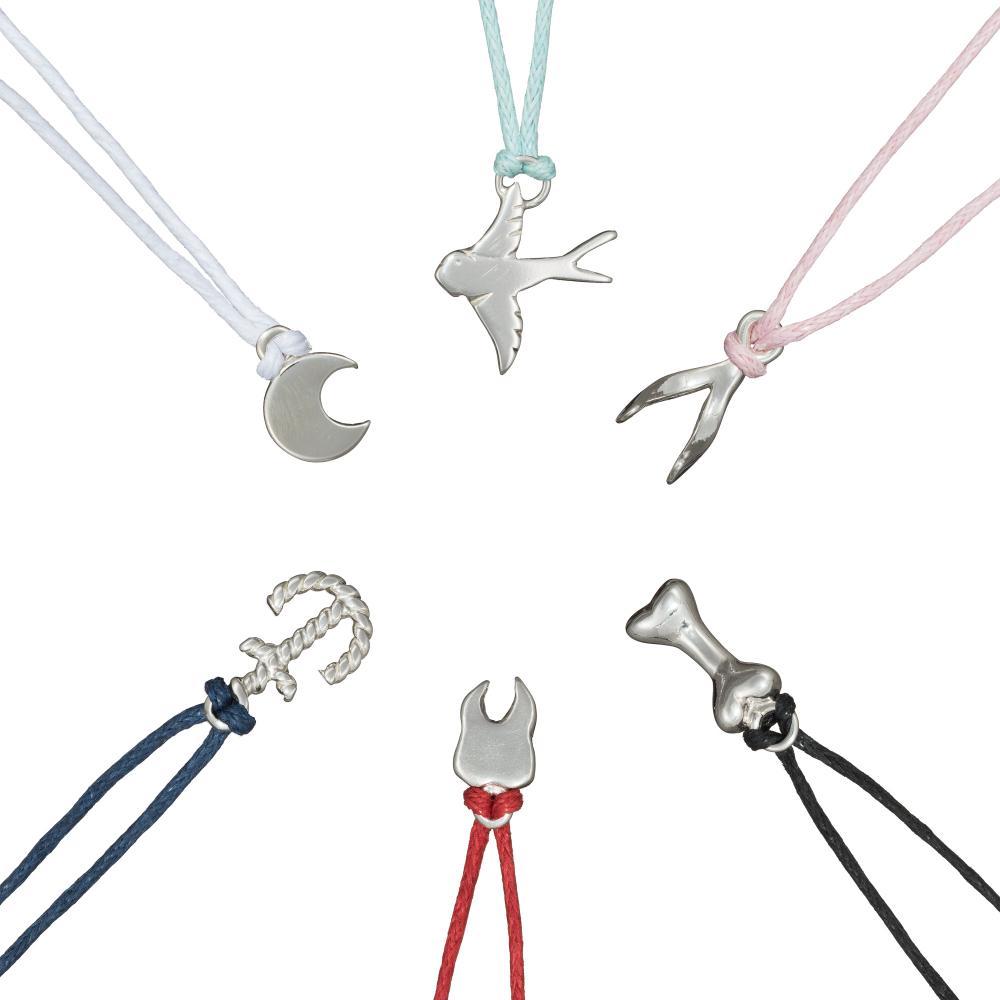 Charm_bracelets